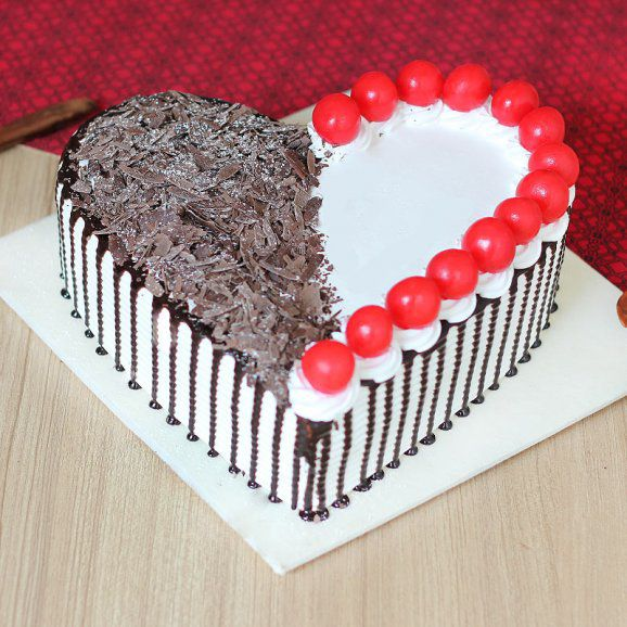 Graceful Black Forest Cake