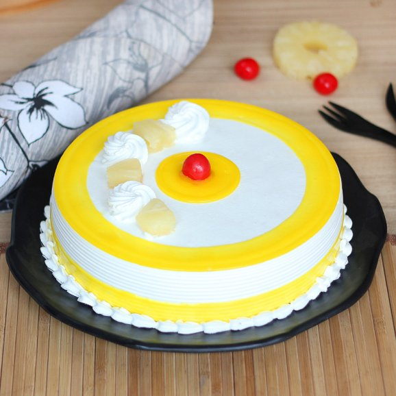 Warmth Pineapple Cake