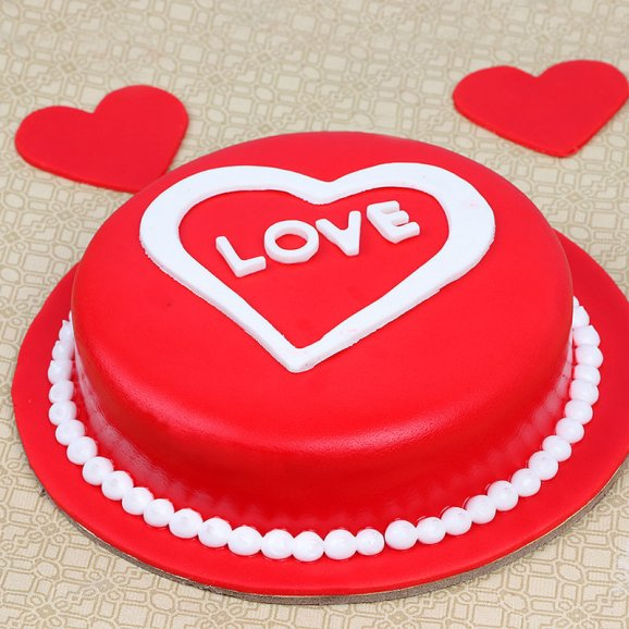 Hearty Love Cake